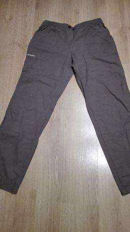 brązowe spodnie Quechua XL