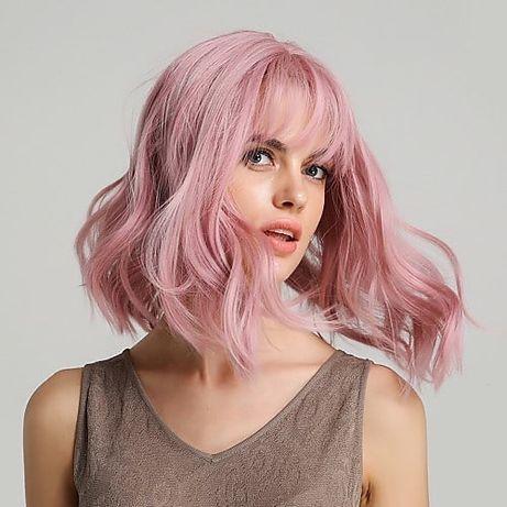 Парик розовый каре боб с челкой 2021