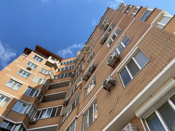 Продам квартиру с видом  на Днепр , 120 метров )