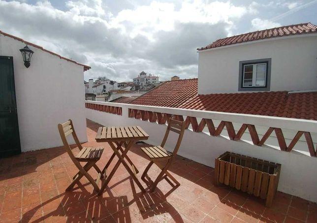 Quarto c/ casa de banho privativa (estudante) - Centro histórico Évora