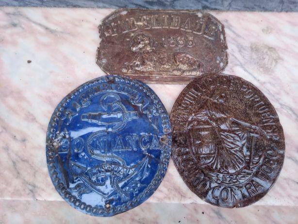 3 Chapas Companhias Seguros em Latão