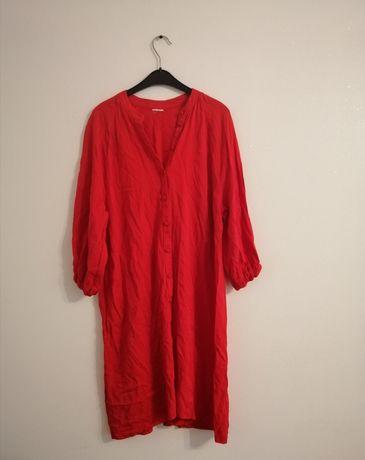 Sukienka krwista czerwień