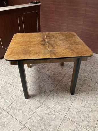 Porzadny rozkładany stół dębowy