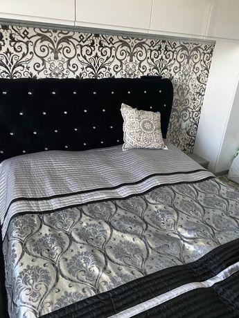 Duże łóżko sypialniane glamour czarne