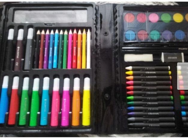 Zestaw do malowania w walizce 67 elementów