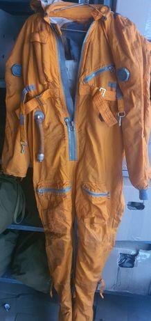 Спасательний костюм летчика
