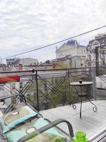 Современная, стильная квартира с 3 спальнями возле Оперного театра
