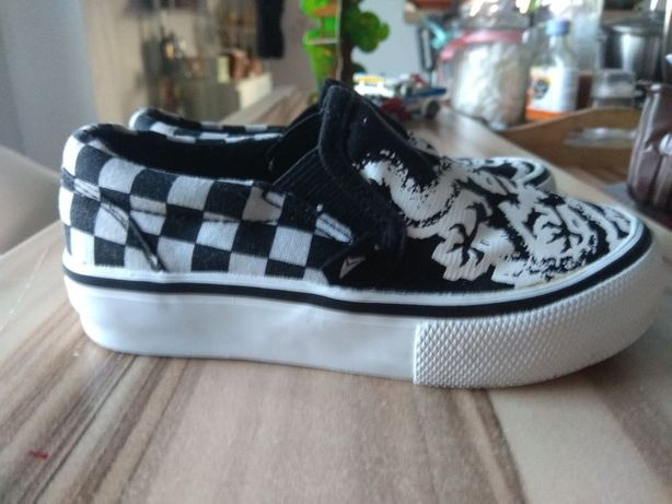 Trampki buty wsuwane chłopięce dziecięce sneakersy modne slip on 24 25