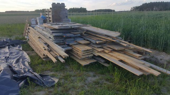 Deski,kantówki pozostałość po budowie