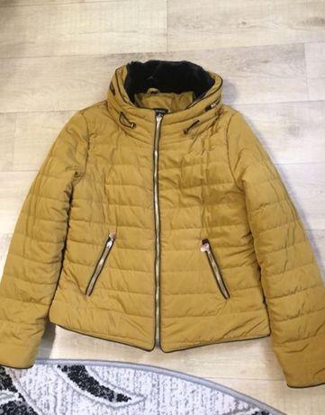 Женская куртка. Осень