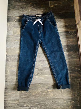 Продам джинсы  OVS на мальчика