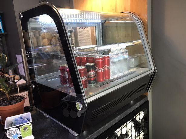 Холодильник для десертов, холодильная витрина, витрина, Frosty