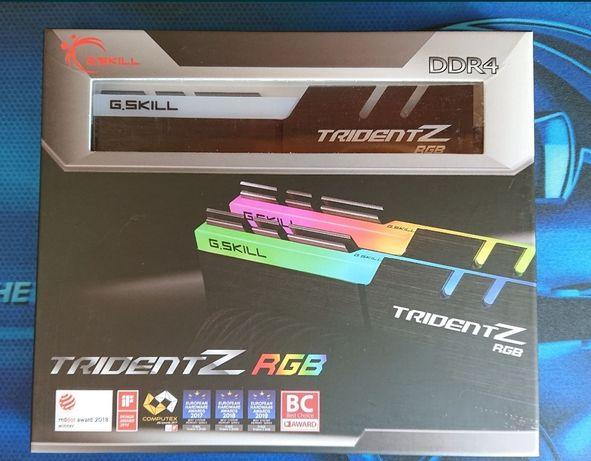 Memórias 32GB GSKiLL TridentZ RGB