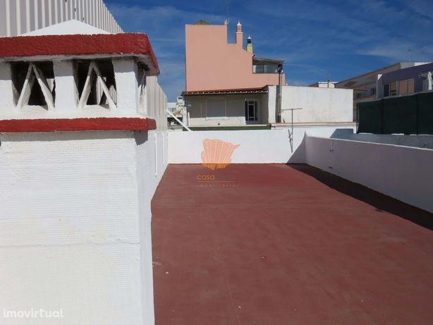 2 Quartos - Moradia em banda - Olhão - Faro