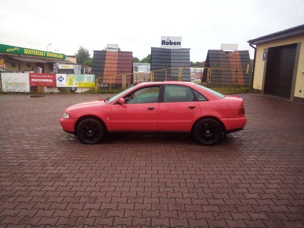Audi a4 1.8 z gazem fajny stan