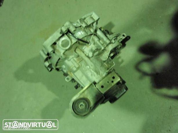Caixa de velocidades - Vw Polo 1.4 16V ( 1999 )