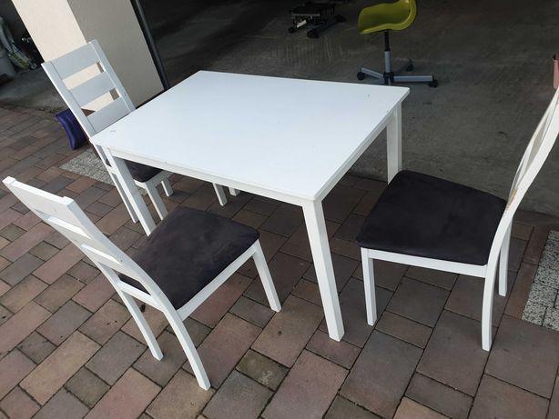 Biały stół + trzy krzesła