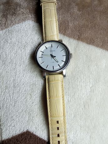 Срочно продам часы Fossil