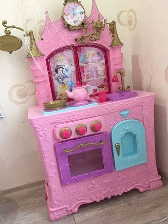 Кухня ресторан Disney принцессы