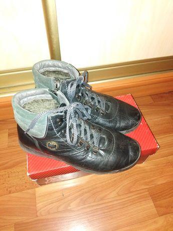 Ботинки зимние на подростка 38 размер