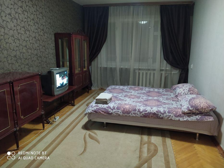 м. Академгородок, м. Житомирская-1