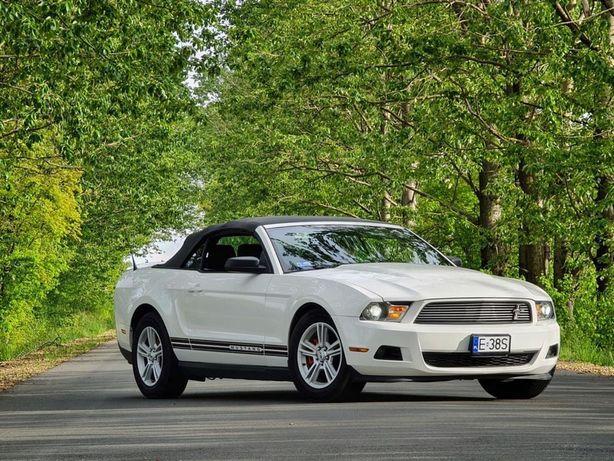 Ford Mustang Cabriolet Idealny