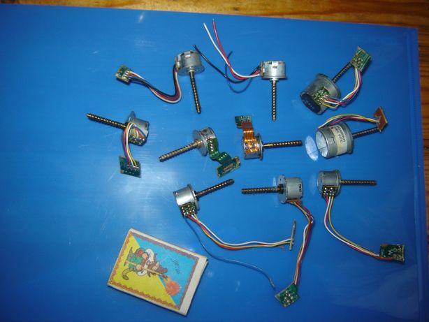 10 шт. шаговых электродвигателей от флоппи дисководов 3,5 дюйма