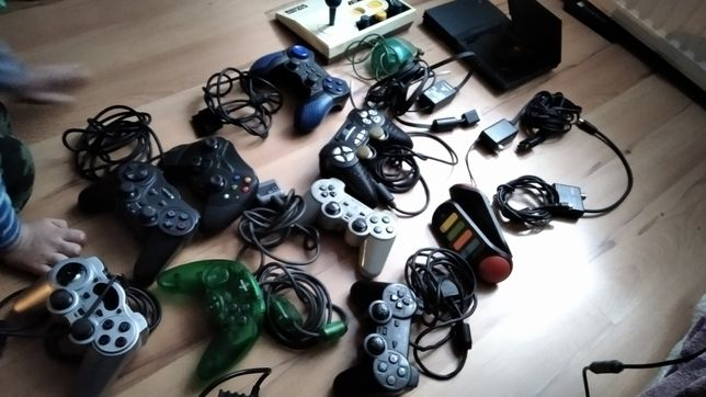konsola PlayStation 2 i 8 padów, ps2, xbox, akcesoria