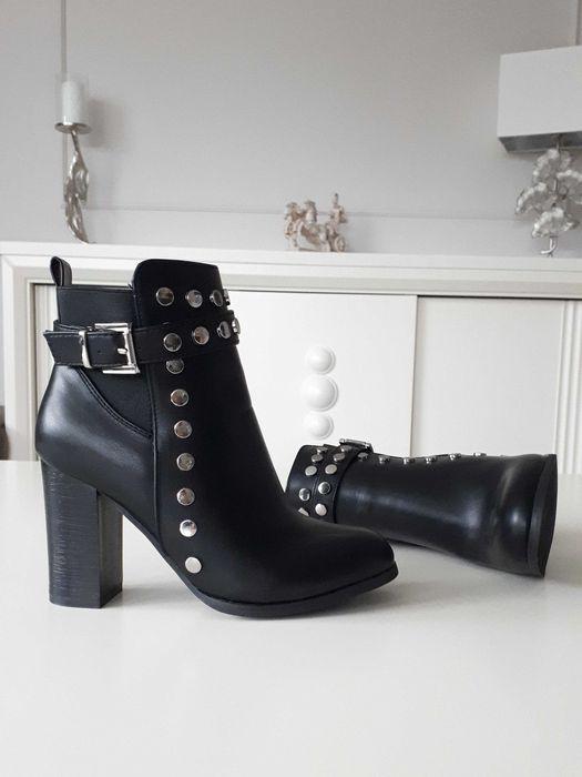 Nowe czarne buty z ćwiekami. Botki na obcasie r 37 Łódź - image 1