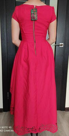 Шикарне плаття!)