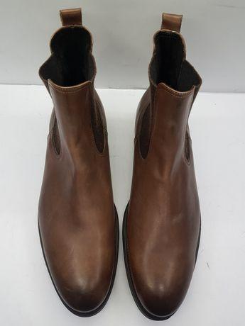 Кожаные демисезонные коричневые челси Calpierre 45 оригинал doucal's