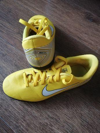 Бутсы(сороконожки) подростковые Nike Mercurial Neymar