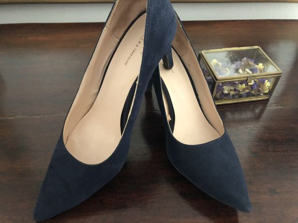 Sapatos azuis zara novos