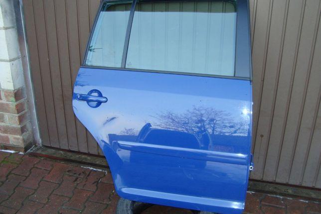 Drzwi prawy tył LL5M VW Turan