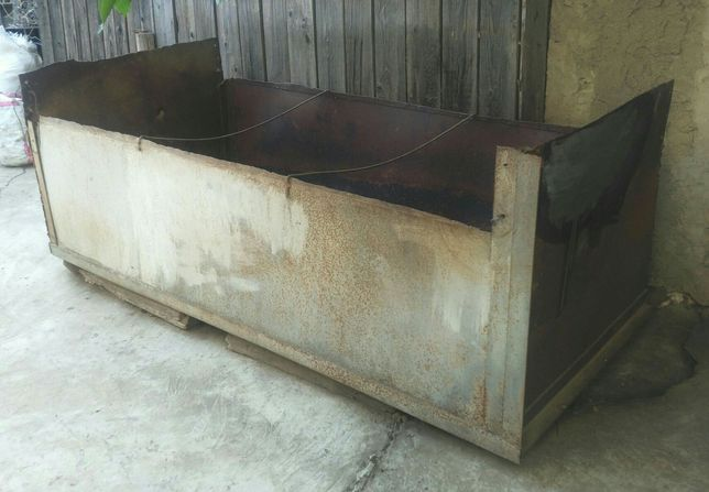 Металлический ящик/короб/контейнер для хранения сыпучих материалов