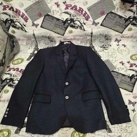 Продам детский пиджак