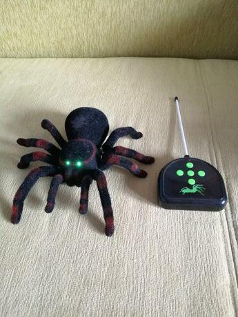 Zabawka pająk