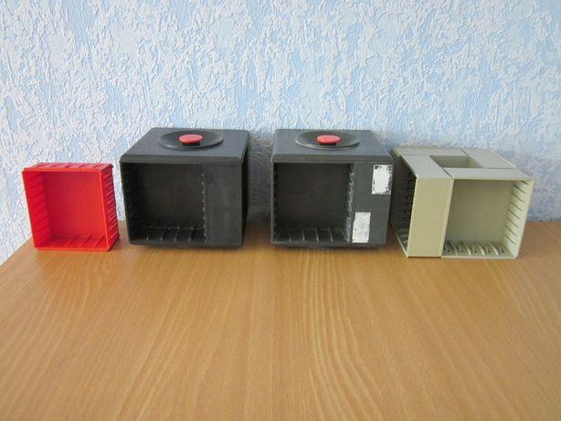 Полки,боксы для кассет и дисков