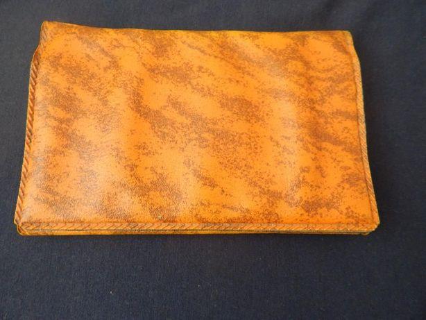 Красивый женский кошелек в отличном состоянии почти даром!