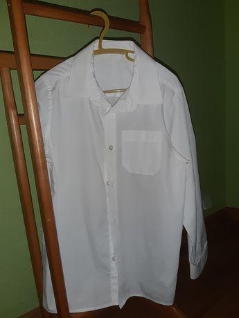 Белая рубашка б.у.