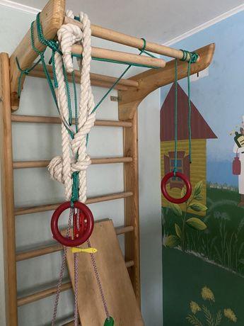 Продам шведскую стенку , детский спортивный уголок