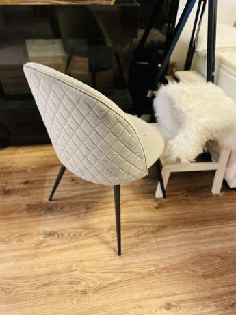 Krzesło aksamitne szare