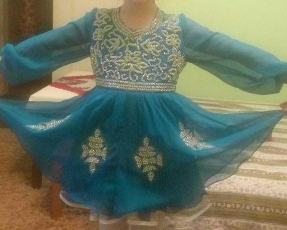 Шикарное платье девочке 3-5лет (утренник праздник костюм выпускной)