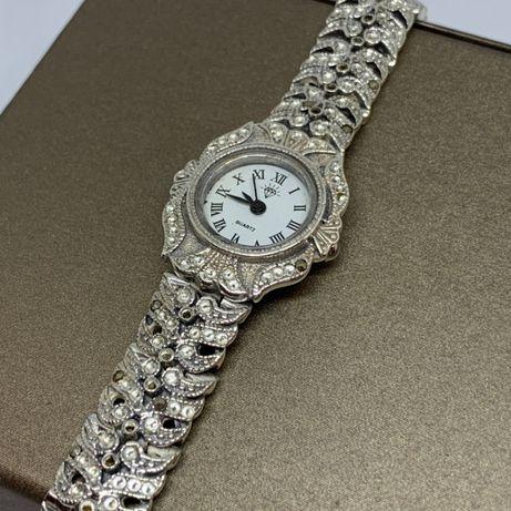 Piękny damski zegarek ze srebra p925