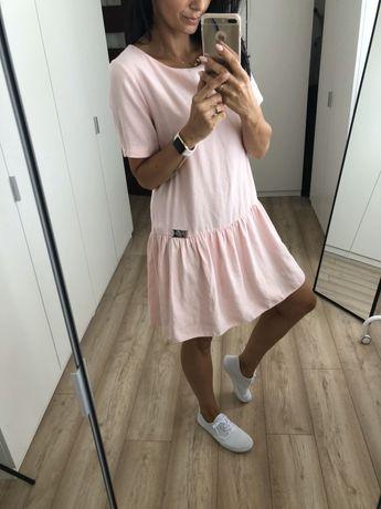 Sukienka zwiewna pudrowy roz uniw. S M falbanka letnia