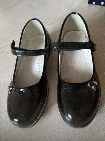 Туфли Clibee на девочку 32р,стелька 21см