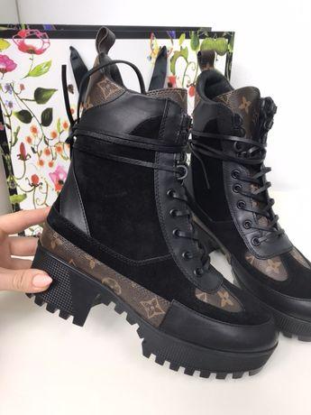 Louis Vuitton laureate desert boots czarne workery trapery premium 40