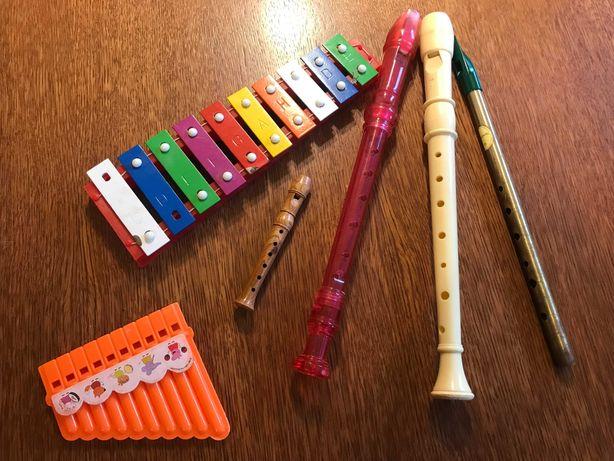 Flety i inne instrumenty do zabawy dla najmłodszych