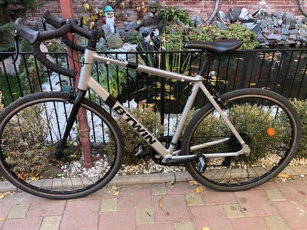 Шоссейный велосипед Btwin Triban 100