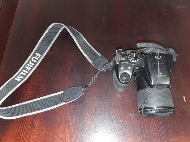 Aparat cyfrowy Fujifilm FinePix S9800